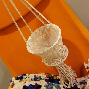 Macrame hanging *lined* planter